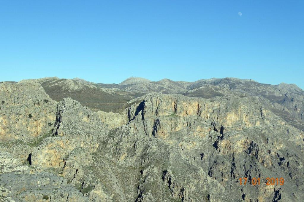 Mountains of Asterousia in Crete where young Imperial eagle winters. Source: Stavros Xirouchakis